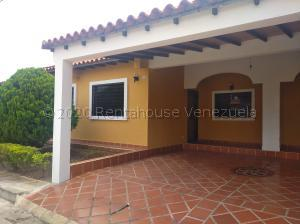 Casa En Ventaen Cabudare, Parroquia José Gregorio, Venezuela, VE RAH: 21-3195