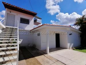 Casa En Alquileren Barquisimeto, Parroquia Santa Rosa, Venezuela, VE RAH: 21-3231