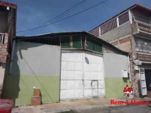 Local Comercial En Ventaen Maracay, San Agustin, Venezuela, VE RAH: 21-3205
