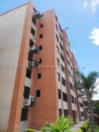 Apartamento En Ventaen Caracas, Los Naranjos Humboldt, Venezuela, VE RAH: 21-3239