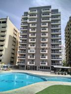 Apartamento En Ventaen Parroquia Caraballeda, Caribe, Venezuela, VE RAH: 21-3269