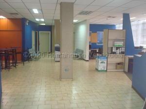 Oficina En Ventaen Caracas, Los Ruices, Venezuela, VE RAH: 21-3275