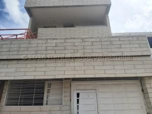 Casa En Ventaen Caracas, Piedra Azul, Venezuela, VE RAH: 21-3371