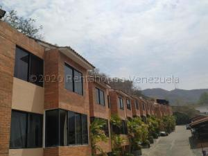 Townhouse En Ventaen Valencia, Lomas Del Este, Venezuela, VE RAH: 21-3301