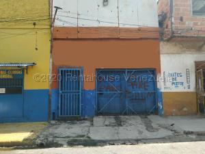 Local Comercial En Ventaen Valencia, La Candelaria, Venezuela, VE RAH: 21-3344