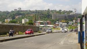 Galpon - Deposito En Ventaen Caracas, Los Ruices, Venezuela, VE RAH: 21-3355