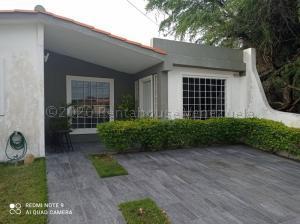 Casa En Ventaen Cabudare, Prados Del Golf, Venezuela, VE RAH: 21-3393