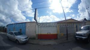 Local Comercial En Alquileren Cabudare, Parroquia Cabudare, Venezuela, VE RAH: 21-3410
