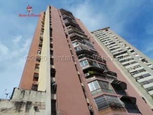 Apartamento En Ventaen Maracay, Avenida Constitucion, Venezuela, VE RAH: 21-3427