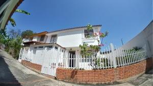 Casa En Ventaen Barquisimeto, Zona Este, Venezuela, VE RAH: 21-3430