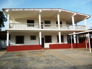 Casa En Ventaen Higuerote, Carenero, Venezuela, VE RAH: 21-3472
