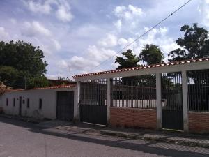 Casa En Ventaen Cabudare, Almarriera, Venezuela, VE RAH: 21-3499