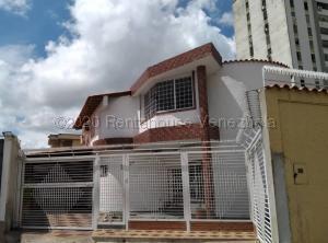 Casa En Ventaen Barquisimeto, Club Hipico Las Trinitarias, Venezuela, VE RAH: 21-3501