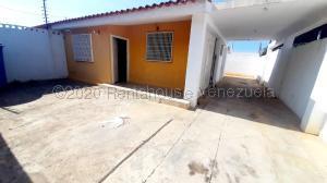 Casa En Ventaen Maracaibo, Zona Norte, Venezuela, VE RAH: 21-3517