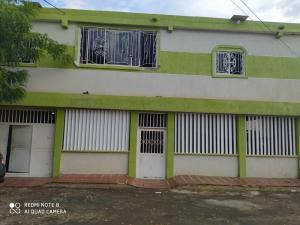 Casa En Ventaen Maracaibo, Lomas Del Valle 2, Venezuela, VE RAH: 21-3523