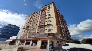 Apartamento En Ventaen Maracay, La Coromoto, Venezuela, VE RAH: 21-3578