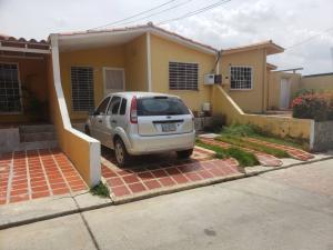Casa En Ventaen Cabudare, Prados Del Golf, Venezuela, VE RAH: 21-3644