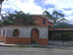 Casa En Ventaen Municipio Naguanagua, La Entrada, Venezuela, VE RAH: 21-3646