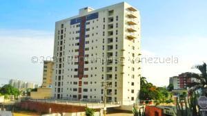 Apartamento En Ventaen Maracaibo, Valle Frio, Venezuela, VE RAH: 21-3677