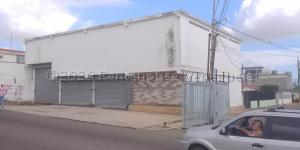 Local Comercial En Ventaen Maracaibo, Amparo, Venezuela, VE RAH: 21-27174