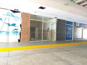 Local Comercial En Alquileren Parroquia Maiquetia, Pariata, Venezuela, VE RAH: 21-3672