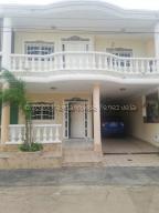Casa En Ventaen Maracaibo, Altamira, Venezuela, VE RAH: 21-3692