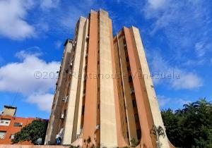 Apartamento En Ventaen Barquisimeto, Parroquia Catedral, Venezuela, VE RAH: 21-3700