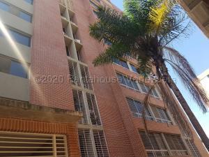 Apartamento En Ventaen Caracas, El Encantado, Venezuela, VE RAH: 21-3703