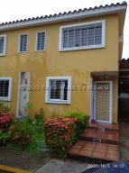 Townhouse En Ventaen Guatire, Vista Dorada, Venezuela, VE RAH: 21-4295