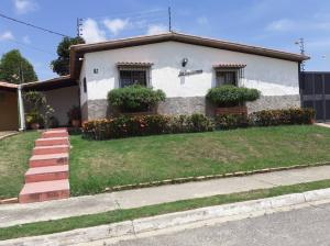 Casa En Ventaen Cabudare, El Valle, Venezuela, VE RAH: 21-3729