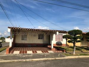Casa En Ventaen Cabudare, La Morenera, Venezuela, VE RAH: 21-3737