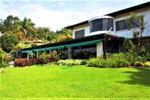 Casa En Ventaen Caracas, La Lagunita Country Club, Venezuela, VE RAH: 21-3467
