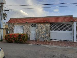 Casa En Ventaen Maracaibo, Maranorte, Venezuela, VE RAH: 21-3788