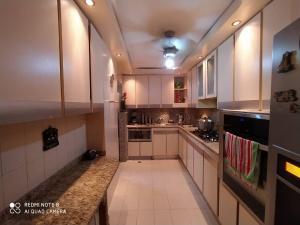 Apartamento En Ventaen Maracaibo, Santa Rita, Venezuela, VE RAH: 21-3792