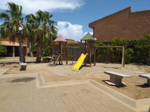 Casa En Ventaen Coro, Sector Bobare, Venezuela, VE RAH: 21-3806