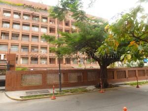 Apartamento En Ventaen Caracas, Campo Alegre, Venezuela, VE RAH: 21-3820