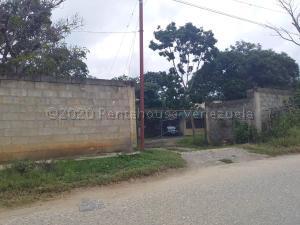 Terreno En Ventaen Cabudare, Parroquia José Gregorio, Venezuela, VE RAH: 21-3691
