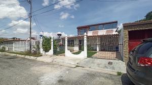 Casa En Ventaen Intercomunal Maracay-Turmero, Intercomunal Turmero Maracay, Venezuela, VE RAH: 21-3833