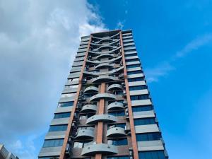 Apartamento En Ventaen Caracas, Las Mesetas De Santa Rosa De Lima, Venezuela, VE RAH: 21-3849