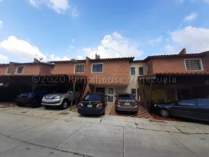 Townhouse En Ventaen Municipio San Diego, Villa Jardin, Venezuela, VE RAH: 21-3859