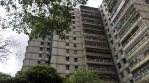 Apartamento En Ventaen Caracas, San Martin, Venezuela, VE RAH: 21-4606