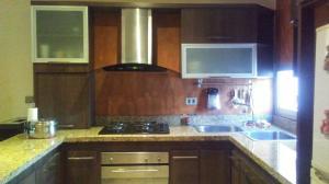 Apartamento En Ventaen Maracaibo, Avenida Goajira, Venezuela, VE RAH: 21-3862