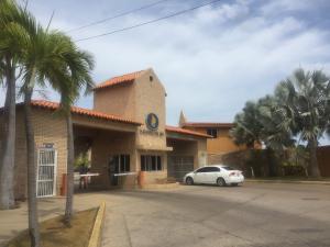 Apartamento En Ventaen Lecheria, Complejo Turistico El Morro, Venezuela, VE RAH: 21-3863