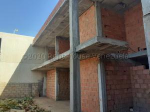 Local Comercial En Ventaen Municipio San Francisco, La Coromoto, Venezuela, VE RAH: 21-3887