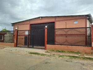 Galpon - Deposito En Ventaen Maracaibo, Ciudadela Faria, Venezuela, VE RAH: 21-3891