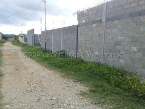 Terreno En Ventaen Cabudare, Parroquia José Gregorio, Venezuela, VE RAH: 21-3894