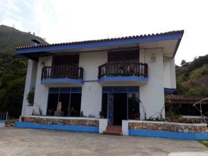 Casa En Ventaen La Puerta, El Molino, Venezuela, VE RAH: 21-3898