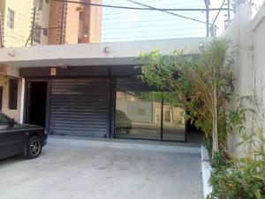 Local Comercial En Ventaen Maracaibo, Cecilio Acosta, Venezuela, VE RAH: 21-3908
