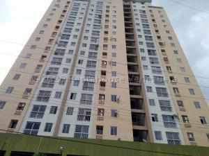 Apartamento En Ventaen Valencia, Las Acacias, Venezuela, VE RAH: 21-3917