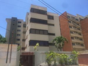 Apartamento En Ventaen Lecheria, Casco Central, Venezuela, VE RAH: 21-3916
